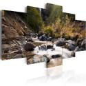 Obraz - Wodospad pośrodku dzikiej natury