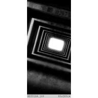Rozświetlony czarny tunel